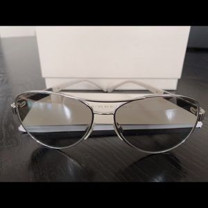 Burberry Women's Gradient Silv. Aviator Sunglasses